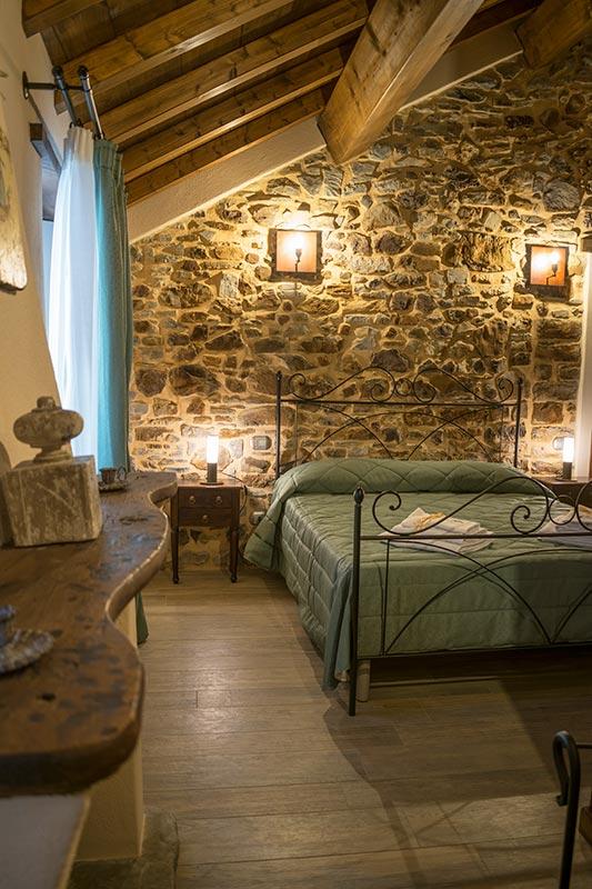 Camera matrimoniale dell'albergo diffuso di Parma