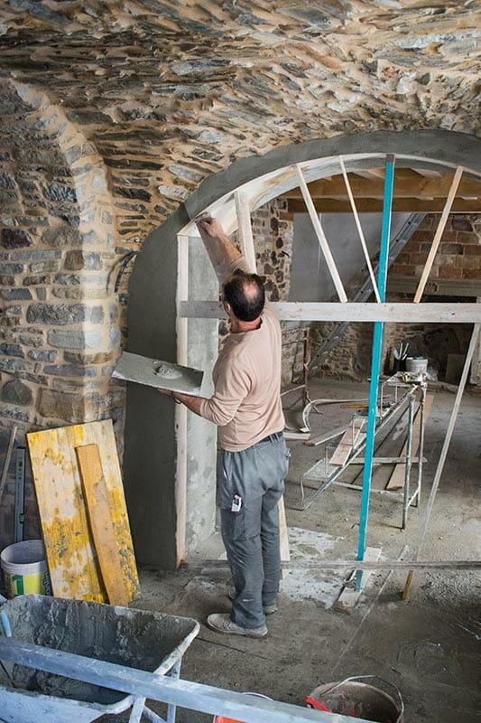 Lavori di restauro di Ca' del Grano di Bardi