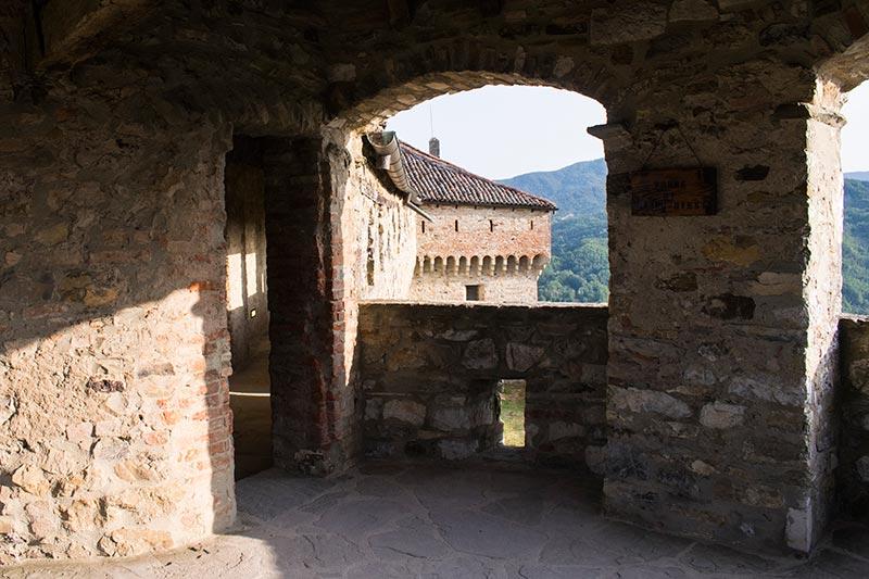 Bardi castle