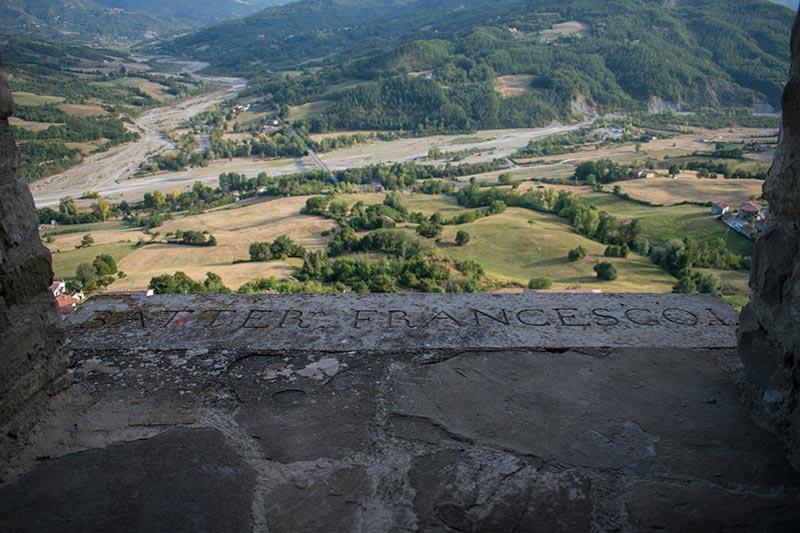 la valle del Ceno dal castello
